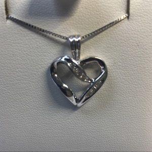 10K solid white gold diamonds heart pendant